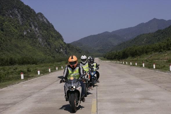 Từ Hải Phòng đi Quảng Ninh bao nhiêu km